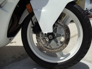 20150608 1989 honda cbr 600f right front wheel