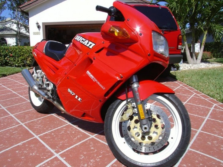 20150610 1992 ducati 907 ie right front