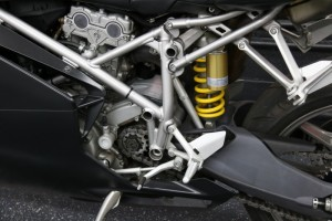 20150612 2005 ducati 749 dark left detail