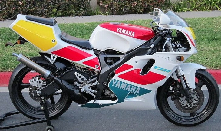1992 Yamaha TZR250 R Side