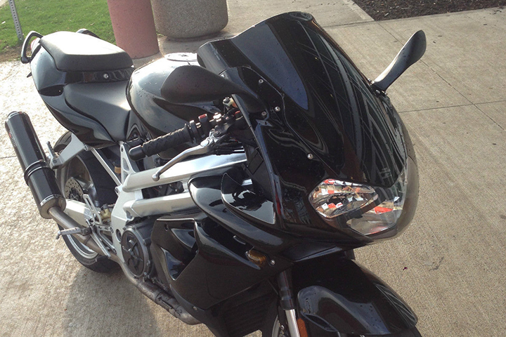 Sensible Sibling: 2001 Aprilia Falco SL1000 for Sale
