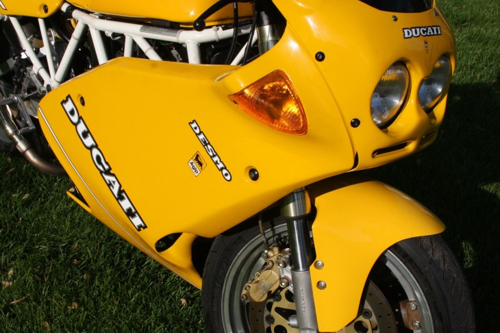 Light Rider – 1993 Ducati 900 Superlight #718