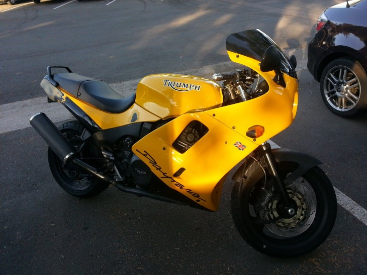 1996 Triumph Daytona Super III R Side