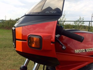 20150908 1979 moto guzzi cx100 left fairing detail