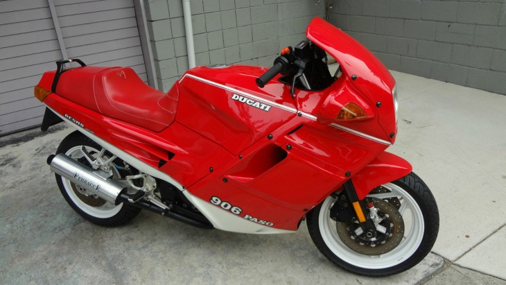 20151020 1990 ducati paso 906 right