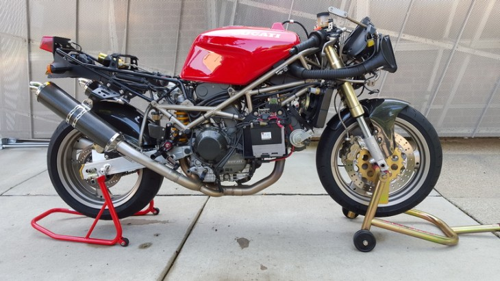 1994 Ducati 888 SPO R Side Naked