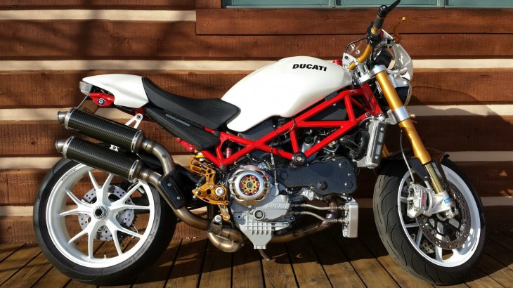 20160105 2007 ducati monster s4rs right