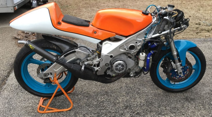 1993 Yamaha TZ250 R Side Naked