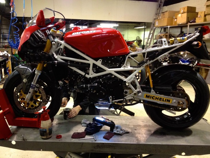 201600302 1992 ducati 888 sp4 left unfaired