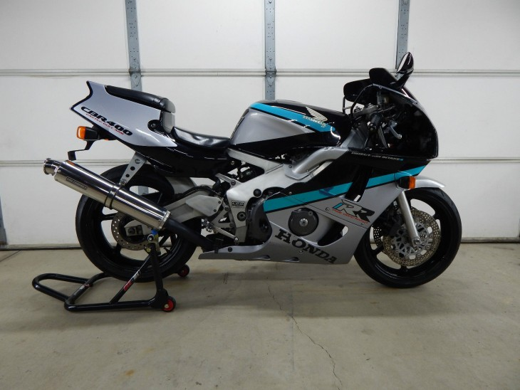 Featured Listing: 1990 Honda CBR400RR
