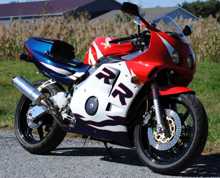 Featured Listing: 1992/1993 Honda CBR250RR for Sale
