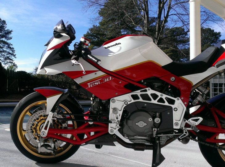 20160417 2008 bimota tesi 3d left engine