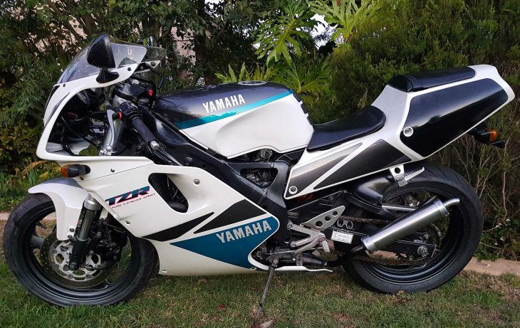 1992 Yamaha TZR250R L Side