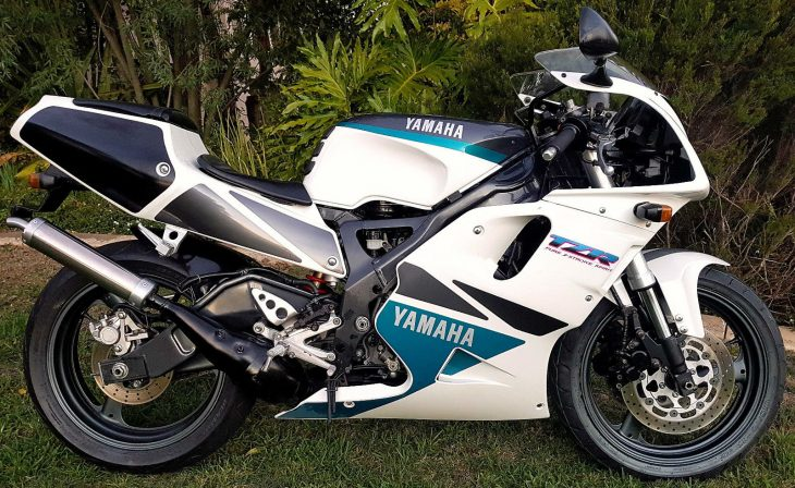 1992 Yamaha TZR250R R Side