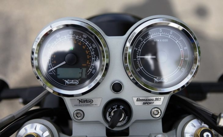 2015 Norton Commando 961 Clocks