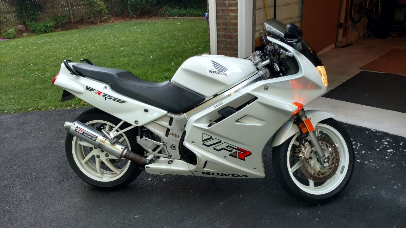 vfr very f 39 n reliable 1993 honda vfr750 in white rare sportbikes for sale. Black Bedroom Furniture Sets. Home Design Ideas