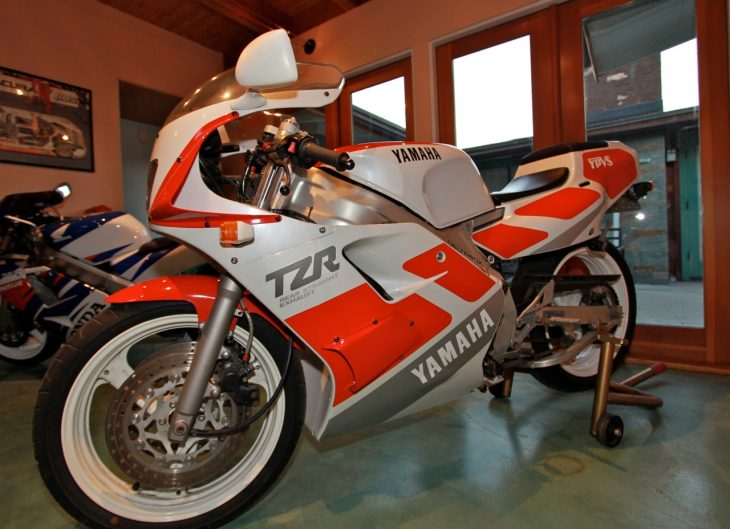 Featured Listing: CA-Titled 1989 Yamaha TZR250 3MA for Sale