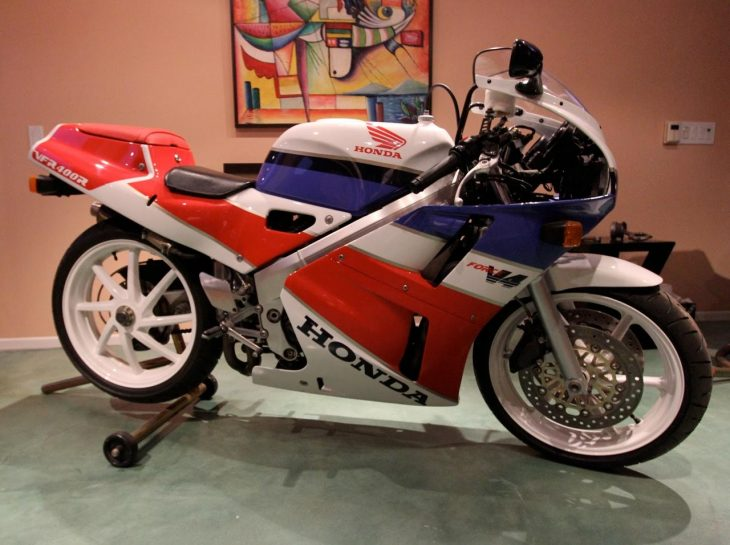 Featured Listing -1993 Honda VFR400R