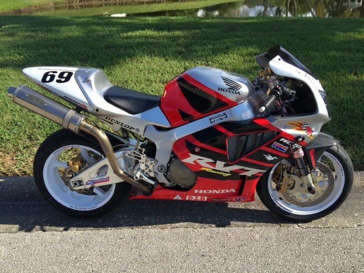 Featured Listing – 2004 Honda RVT-1000R RC51