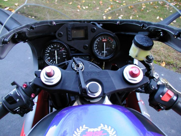 1996-aprilia-rs250-clocks