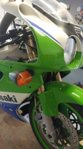 20161026-1992-kawasaki-zx7r-k-right-front