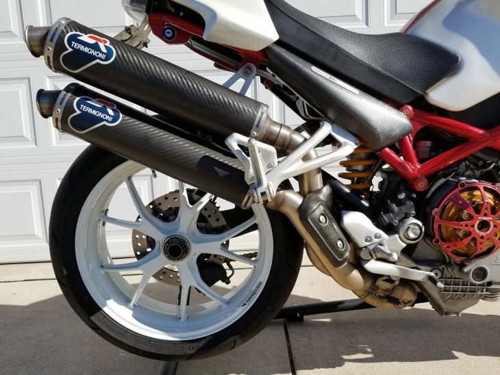2007-ducati-monster-s4rs-exhausts