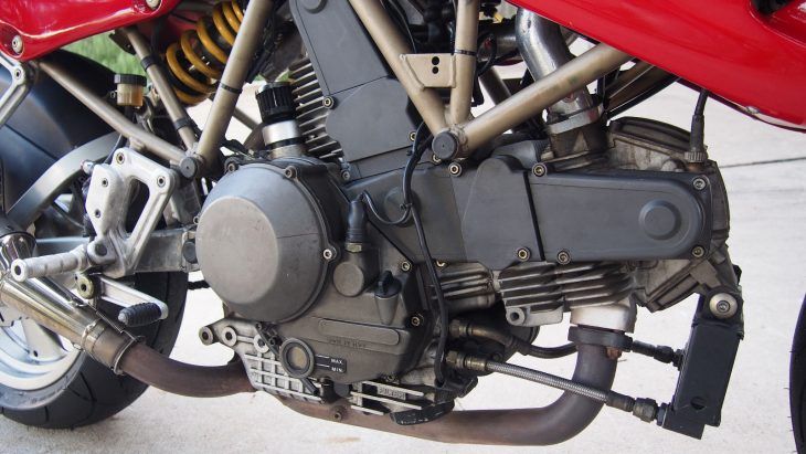 20170322-1998-ducati-900-ss-cr-right-eng