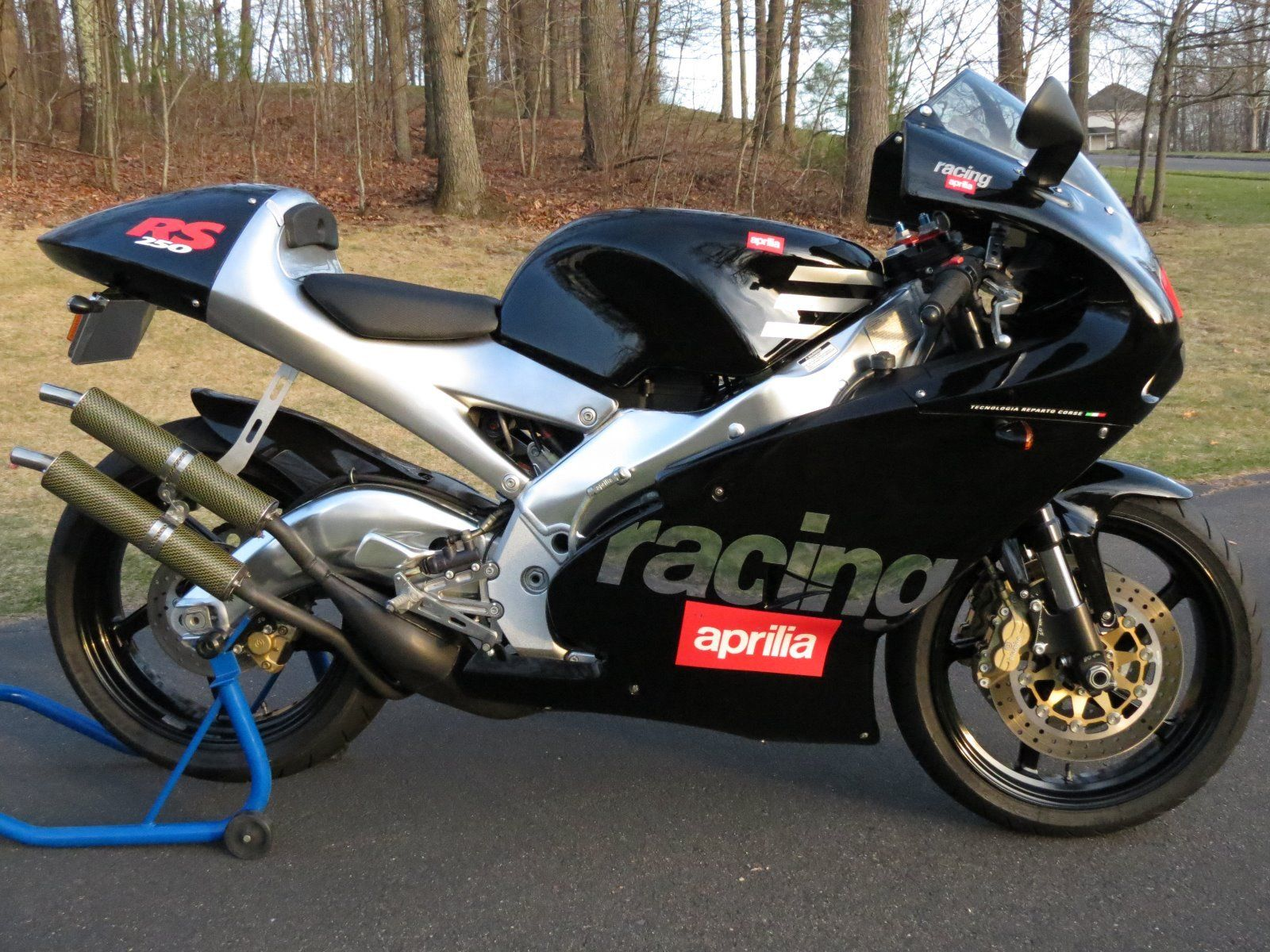 Up for grabs today is a 2000 Aprilia RS250 - the most modern of the smokers  we are likely to see on RSBFS these days. Sired by Aprilia during the dying  days ...