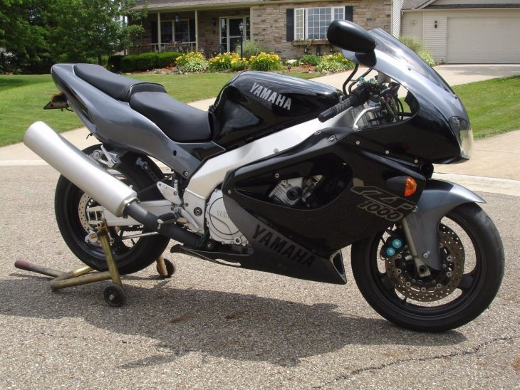 Rolling Thunderace: 1997 Yamaha YZF1000 for Sale