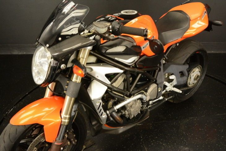 Rhymes with Orange – 2008 MV Agusta Brutale 910R