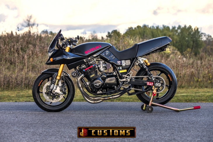 Featured Listing: Suzuki Carbon Katana Resto-Mod!