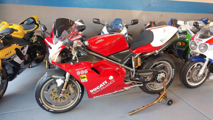 Featured Listing: 2000 Ducati 996S
