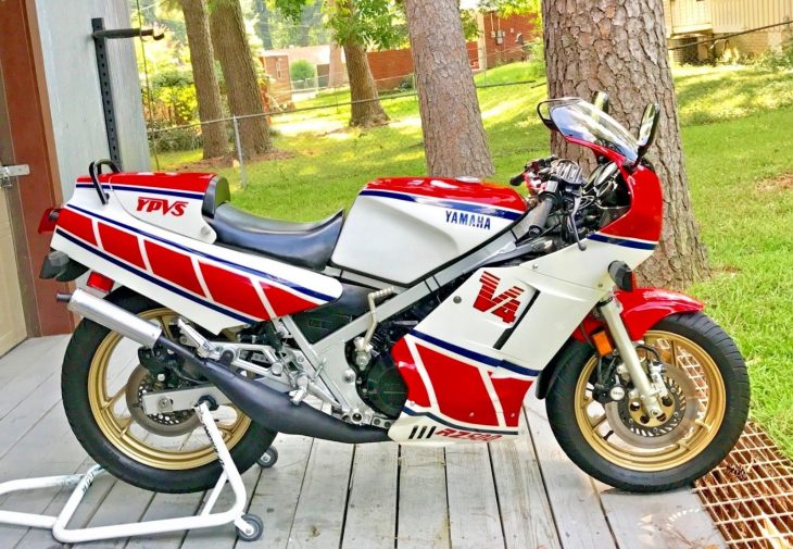 Christmas Green: 1985 Yamaha RZ500