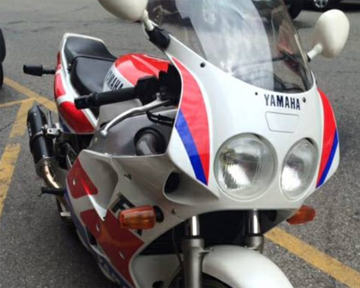 Featured Listing: 1989 Yamaha FZR1000 for Sale
