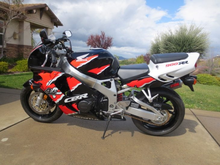 This 1996 Honda CBR900RR Wears The Iconic Erion Racing Livery Celebrating Teams Success Aboard Race Kitted Versions It Still Has Its Original