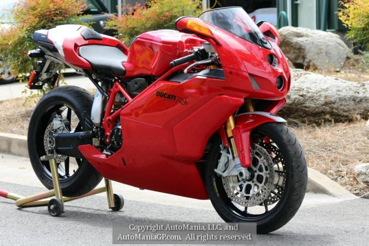 Featured Listing – 2005 Ducati 749R #0074 with 774 miles !