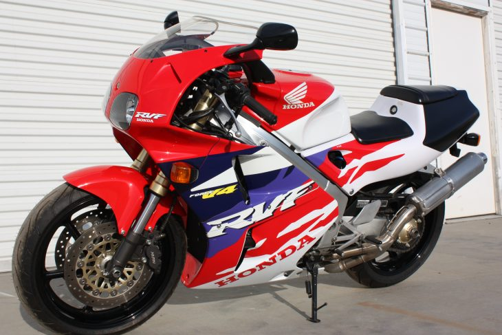 Featured Listing: Collector quality 1995 Honda RVF400!