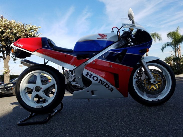 A Couple Hours Remaining on Memorial Day:  1990 Honda RC30 in Costa Mesa