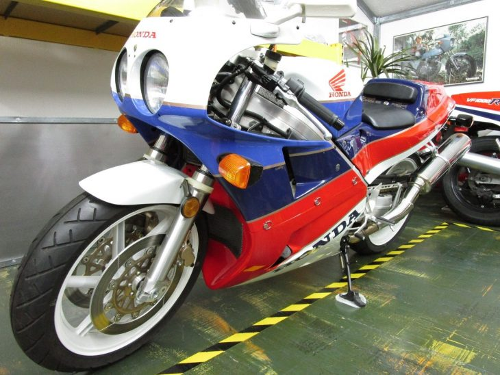 Collectible Classic: 1990 Honda VFR750R RC30 for Sale