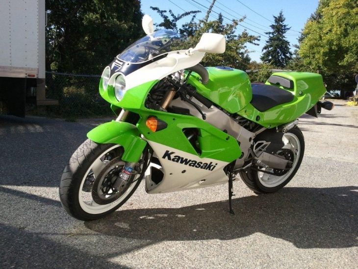 Green Machine: 1991 Kawasaki ZX7R-K