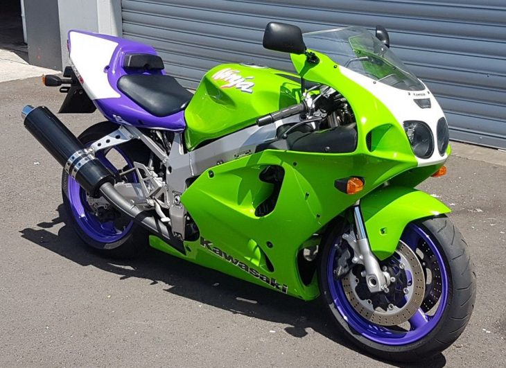 Kiwi Kawi: 2001 Kawasaki ZX-7RR for Sale