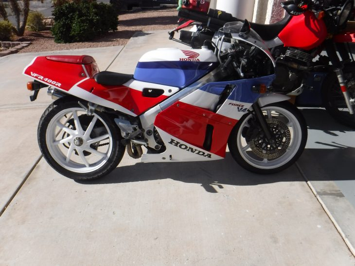 Featured Listing: 1992 Honda VFR400R NC30