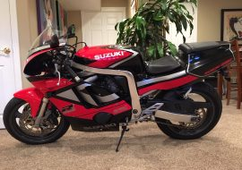 Featured Listing: 1992 Suzuki GSXR400 GK76