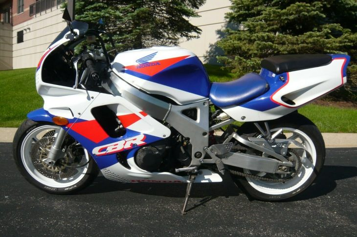 Just Hop on and Rip: 1993 Honda CBR900RR for Sale