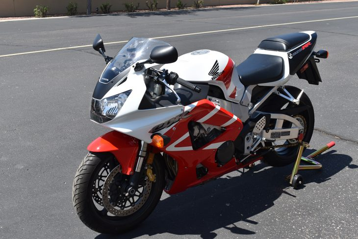 Featured Listing: 2000 Honda CBR929RR for Sale