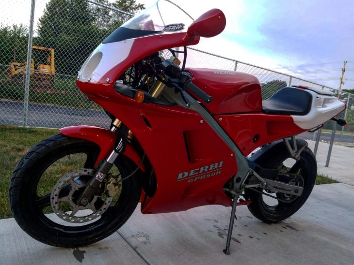 Featured Listing: 2000 Derbi GPR50R