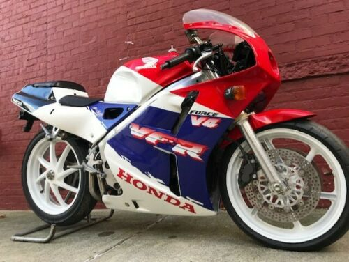 Spitting Image: 1989 Honda VFR400R NC30 for Sale