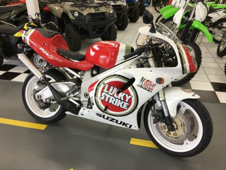 Lucky Strike Replica: 1996 Suzuki RGV250 VJ23A for Sale