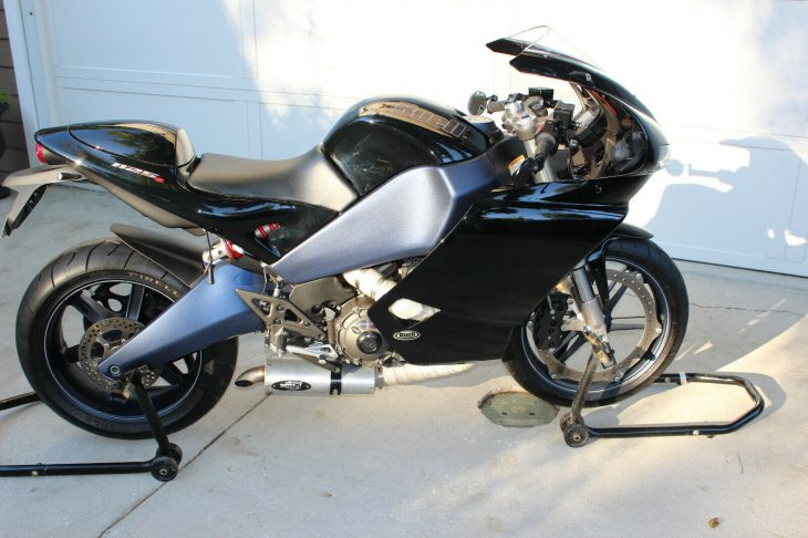 Black and Blue – 2008 Buell 1125R