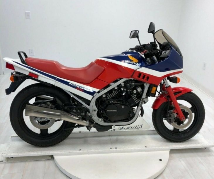 Right-sized – 1986 Honda VF500F Interceptor